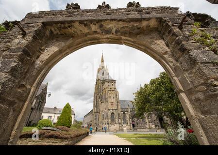 Basilique Notre Dame, Le Folgoet, Finistère, Brittany, France. - Stock Photo