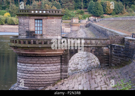 DERBYSHIRE UK - 06 Oct : Ladybower reservoir dam head wall path and draw off tower exposed by low water level on 06 Oct 2013 in the Peak District, UK - Stock Photo