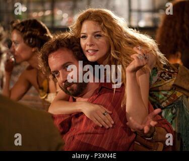 Original Film Title: BARNEY'S VERSION.  English Title: BARNEY'S VERSION.  Film Director: RICHARD J. LEWIS.  Year: 2010.  Stars: PAUL GIAMATTI; RACHELLE LEFEVRE. Credit: SERENDIPITY POINT FILMS / Album - Stock Photo