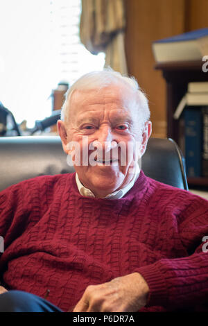 Washington, DC, USA. 5th May, 2017. Retired U.S. Supreme Court Justice John Paul Stevens in his chambers at the court. Stevens uses a chambers normally reserved for retired chief justices. Credit: Jay Mallin/ZUMA Wire/Alamy Live News - Stock Photo