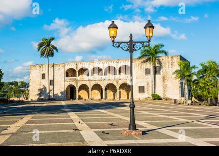 Colonial Zone (Ciudad Colonial), Santo Domingo, Dominican Republic. Alcazar de Colon (Columbus Alcazar) palace. - Stock Photo