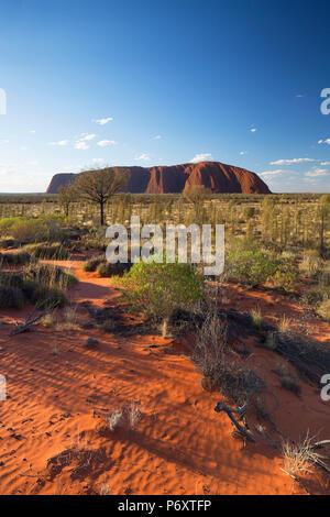 Uluru (UNESCO World Heritage Site), Uluru-Kata Tjuta National Park, Northern Territory, Australia - Stock Photo