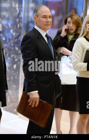 Attorney General Scott Pruitt (Republican of Oklahoma) is seen in the lobby of the Trump Tower in New York, New York, on November 28, 2016. Credit: Anthony Behar/Pool via CNP /MediaPunch - Stock Photo