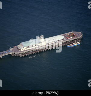 AJAXNETPHOTO. BOURNEMOUTH, ENGLAND. - AERIAL VIEWS - THE PIER WITH THE PLEASURE TRIP BOAT DORSET BELLE MOORED ALONGSIDE.  PHOTO:JONATHAN EASTLAND/AJAX REF:992807_5 - Stock Photo