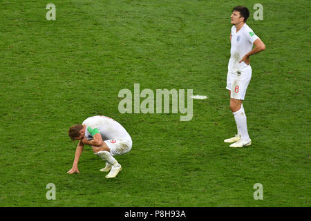 Moscow, Russia. 11th July, 2018.  v.li: Harry KANE (ENG), Harry MAGUIRE (ENG) after the end of the game, disappointment, frustrated, disappointed, frustratedriert, dejected, action. Croatia (CRO) - England (ENG) 2-1 nV Semifinals, Round of Four, Match 62 on 07/11/2018 in Moscow, Luzhniki Stadium, Football World Cup 2018 in Russia from 14.06. - 15.07.2018. | usage worldwide Credit: dpa/Alamy Live News Credit: dpa picture alliance/Alamy Live News - Stock Photo