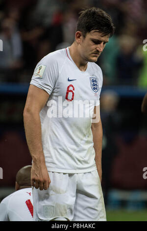 Harry MAGUIRE (ENG) looks down to ground, looks down below, frustrated, frustrated, late flushed, disappointed, disappointed, disappointment, disappointment, sad, half figure, half figure, portrait, Croatia (CRO) - England (ENG) 2: 1, semi-final , Game 62, on 07/11/2018 in Moscow; Football World Cup 2018 in Russia from 14.06. - 15.07.2018. | Usage worldwide - Stock Photo