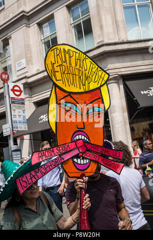 London, UK. 13th July 2018.Anti-Trump demonstration, London, UK 13.07.2018 Credit: Bjanka Kadic/Alamy Live News - Stock Photo