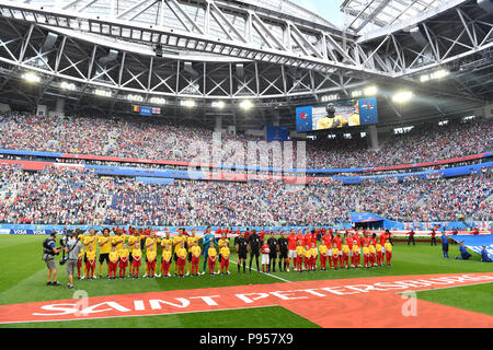 St. Petersburg, Russland. 14th July, 2018. The fringe motif-both teams take the lineup after the march, the overview. Belgium (BEL) - ENGLAND (ENG) 2-0, match 63, match for 3rd place, on 07/14/2018 in Saint Petersburg, Arena Saint Petersburg, Football World Cup 2018 in Russia from 14.06. - 15.07.2018. | usage worldwide Credit: dpa/Alamy Live News - Stock Photo