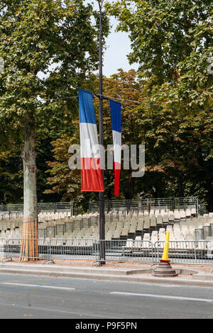 Paris, France. 16th July, 2018. A view of Champs Elysées before the supporters start to come. On Saturday 15 of August, France beated Croatia by the score of 4-2, becoming the champion of the world cup for the second time in history. Credit: Joao Bolan/SOPA Images/ZUMA Wire/Alamy Live News - Stock Photo