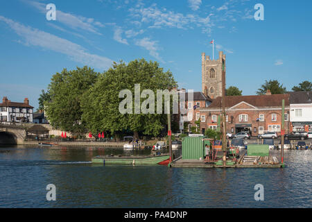 Henley on Thames, United Kingdom, 3rd July 2018, Tuesday,   'Henley Royal Regatta',  view, Course Construction, marine, 'Pile Driver' moving past St Mary's Church, Henley Reach, River Thames, Thames ValleyEngland, © Peter SPURRIER, - Stock Photo