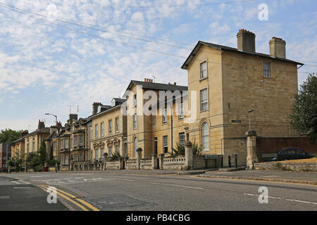 Victorian houses on Eldon RoadReading in the Eldon Road Conservation area in Reading, Berkshire, UK. - Stock Photo