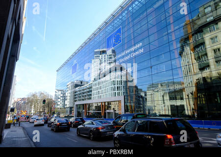Belgium, Brussels: glass facade of the Jacques Delors building, European Economic and Social Committee Headquarters (EESC), located at 99 Rue Belliard - Stock Photo