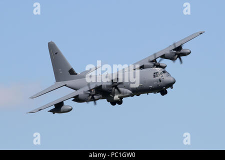 USAF Lockheed Martin MC-130J from the 352nd SOW with a banked approach into RAF Mildenhall, it's home base. - Stock Photo