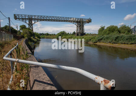The Warrington Transporter Bridge or Bank Quay Transporter Bridge near to Crosfield's soap works spanning the River Mersey, Warrington, Cheshire, Engl - Stock Photo