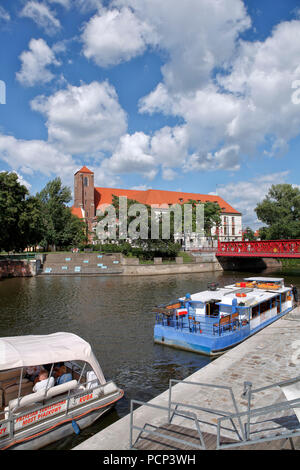 sand bridge (sandbruecke) from the old town of Wroclaw over to sand island (sandinsel). wroclaw, breslau, lower silesia, poland, europe - Stock Photo