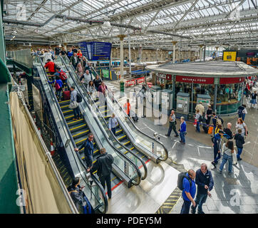 New escalators installed in Waverley railway station in city of Edinburgh Scotland UK providing access to platforms 8-10 from ground level - Stock Photo