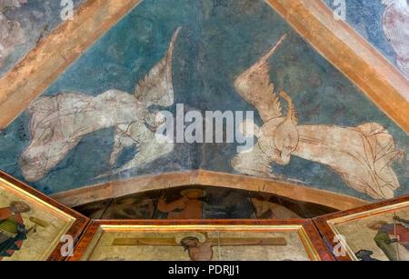 Ehem. Augustinerklosterkirche Unserer Lieben Frauen, Barbarakapelle, Romanische Fresken - Stock Photo
