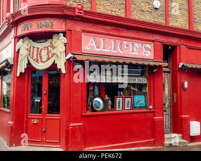 Alice's Antique Shop at the famous Portobello Road Market, London, UK, Europe. - Stock Photo