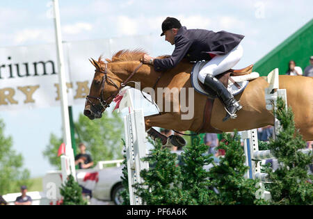 The National, Spruce Meadows, June 2001, Henri Prudent (FRA) riding Zypria, Akita Drilling Cup - Stock Photo