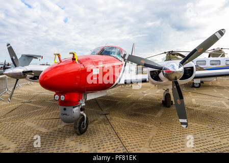 Piper PA-31-310 Navajo Scimitar of 2Excel at the Farnborough International Airshow FIA, aviation, aerospace trade show. Trials aircraft fitted flir - Stock Photo