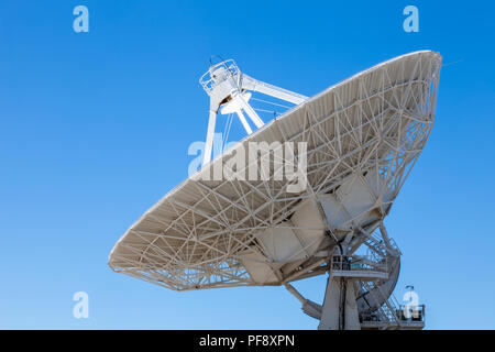 National Radio Astronomic Observatory's Very Large Array near Socorro, New Mexico, detecting cosmic radio waves - Stock Photo