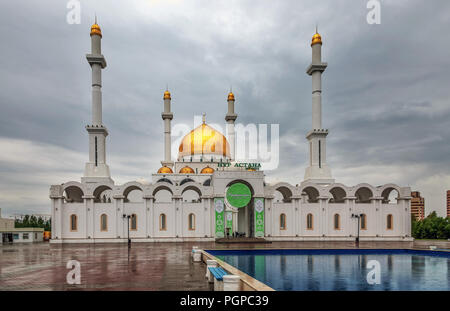 ASTANA, KAZAKHSTAN - JUNE 28, 2016: The Nur Astana Mosque - Stock Photo
