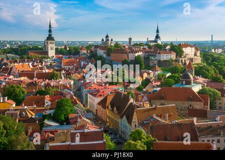 Tallinn cityscape, view across the roofs of the medieval Old Town quarter towards Toompea Hill, Tallinn, Estonia. - Stock Photo