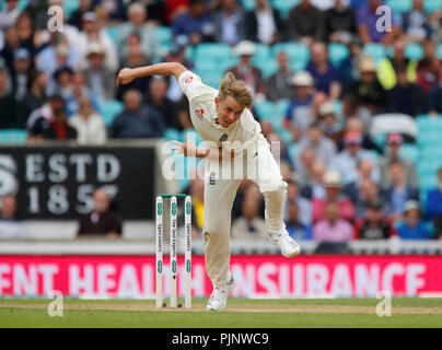 Kia Oval, London, UK. 8th Sep, 2018. Specsavers International Test Match Cricket, 5th test, day 2; Sam Curran of England Credit: Action Plus Sports/Alamy Live News - Stock Photo