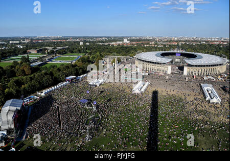 Berlin, Germany. 09th Sep, 2018. The music festival Lollapalooza takes place on the grounds of the Olympic Park. Credit: Britta Pedersen/dpa/Alamy Live News - Stock Photo