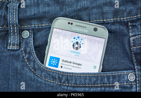 MONTREAL, CANADA - SEPTEMBER 8, 2018: Microsoft Outlook groups android mobile application on Samsung s7 screen. - Stock Photo