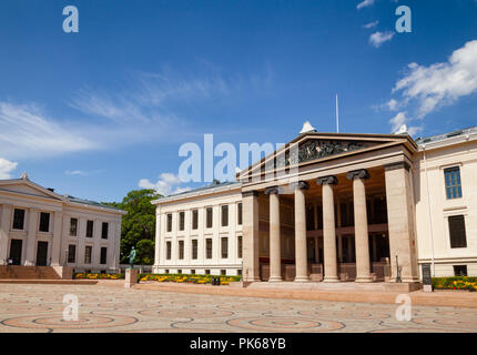 Universitetsplassen (University Square) with neoclassical building of University of Oslo Faculty of Law (Domus Media), known as a venue for the Nobel  - Stock Photo