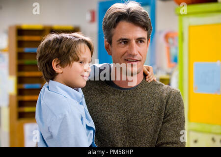 Studio Publicity Still from 'Must Love Dogs' Bobby Coleman, Dermot Mulroney © 2005 Warner Brothers Photo by Claudette Barius  File Reference # 307361785THA  For Editorial Use Only -  All Rights Reserved - Stock Photo