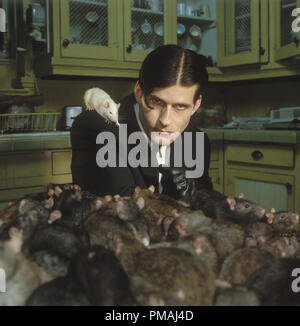 Crispin Glover as 'Willard' with his trained killer rats in New Line Cinema's horror film, Willard. 2003 - Stock Photo
