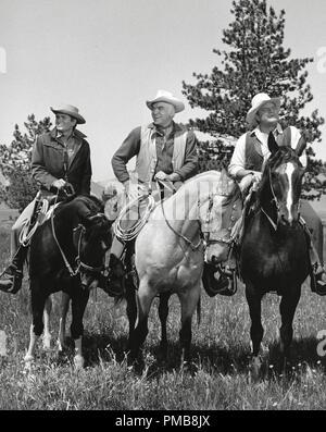 Michael Landon, Lorne Greene, Dan Blocker, 'Bonanza' circa 1962   File Reference # 32337_251THA - Stock Photo