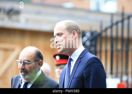 Stourbridge, West Midlands, UK. 18th September, 2018. The Duke of Cambridge, Prince William, meets admirers as visits Stourbridge to unveil a new statue of Frank Foley, often called the 'British Schindler'. Major Foley was an undercover British spy based in Berlin where he provided documents to help 10,000 Jewish men, women and children escape before the Second World War. Peter Lopeman/Alamy Live News - Stock Photo