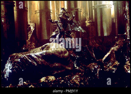 Prod DB © DR ALIEN LA RESURRECTION (ALIEN RESURRECTION) de Jean Pierre Jeunet 1997 USA crŽature extra-terrestre, 'mre' sŽquelle - Stock Photo