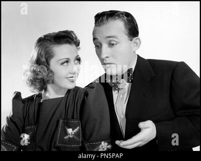 Prod DB © Universal Pictures / DR EAST SIDE OF HEAVEN (EAST SIDE OF HEAVEN) de David Butler 1939 USA avec Joan Blondell et Bing Crosby couple, portrait, pose comedie musicale code Universal: 936 - Stock Photo