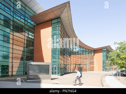 Modern architecture office buildings Reading International Business Park, Reading, Berkshire, England, UK - Stock Photo