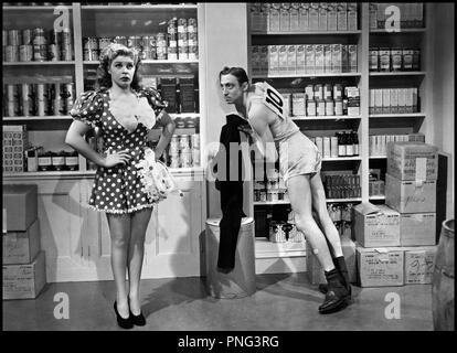 Prod DB © Universal Pictures / DR HELLZAPOPPIN (HELLZAPOPPIN') de H.C Pottter 1941 USA avec Martha Raye et Mischa Auer d'apres la piece de Nat Perrin Universal code 11 55 - Stock Photo