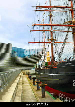 RRS Discovery research ship alongside the V & A Museum, Dundee Waterfront, Scotland - Stock Photo