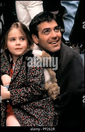 Prod DB © 20th Century Fox / DR UN BEAU JOUR (ONE FINE DAY) de Michael Hoffman 1996 USA avec Mae Whitman et George Clooney pere et fille - Stock Photo