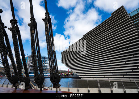 Exterior of the new V&A Museum and RRS Discovery ship at Discovery Point  on first weekend after opening in Dundee , Scotland, UK. - Stock Photo