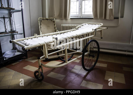 Antique hospital stretcher, bed detail for patients - Stock Photo