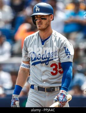 Cody Bellinger.  Acciones del partido de beisbol, Dodgers de Los Angeles contra Padres de San Diego, tercer juego de la Serie en Mexico de las Ligas M - Stock Photo