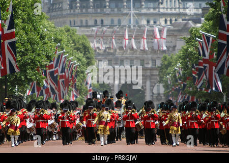 Band of the Welsh Guards regiment at the 2017 Trooping the Colour in the Mall, London, England. - Stock Photo