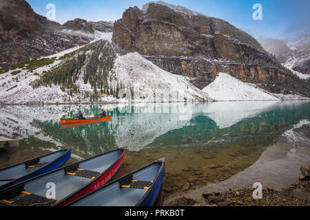Moraine Lake is a glacially fed lake in Banff National Park, 14 kilometres (8.7 mi) outside the Village of Lake Louise, Alberta, Canada. - Stock Photo