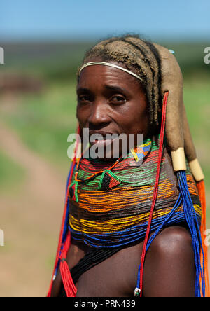 Portrait of a Mumuhuila tribe woman, Huila Province, Chibia, Angola - Stock Photo