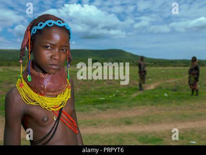 Portrait of a Mumuhuila tribe girl, Huila Province, Chibia, Angola - Stock Photo