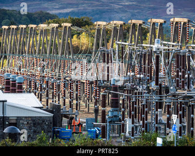 Lake Trawsfynydd Maentwrog hydro-electric power station power distribution infrastructure near the decommissioned Trawsfynydd nuclear power station - Stock Photo