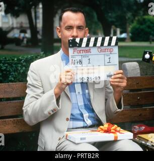 Original film title: FORREST GUMP. English title: FORREST GUMP. Year: 1994. Director: ROBERT ZEMECKIS. Stars: TOM HANKS. Credit: PARAMOUNT PICTURES / Album - Stock Photo